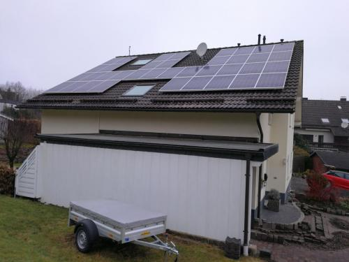57462 Olpe . 9,99 kWp